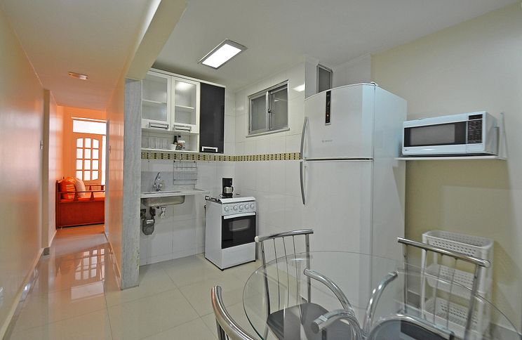 modern and cheap rental apartment in copacabana for 4 person