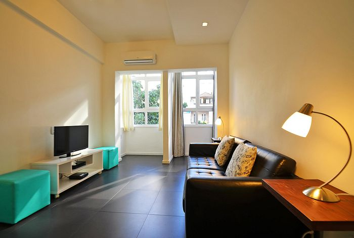 Modern and silent 2 bedrooms apartment up to 5 people at posto 5 in Copacabana