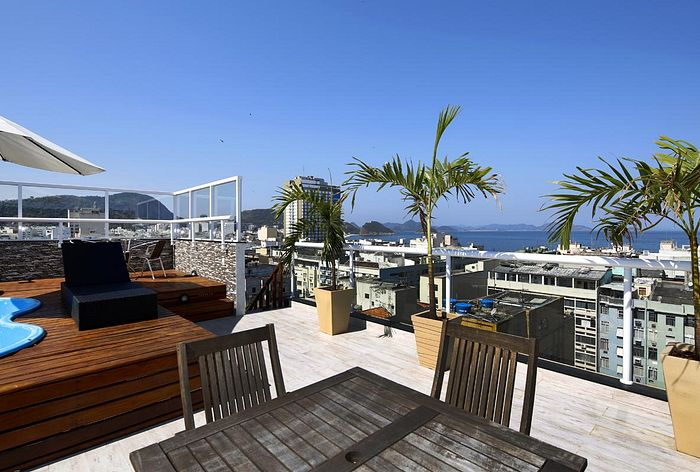 Wonderful penthouse with balcony and litle swimming pool in Copacabana